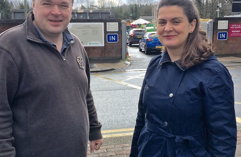 Councillors Helen Redfern and Simon Hoar at Purley Oaks Recycling Centre